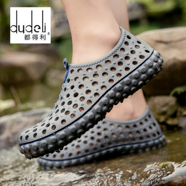 17ef45214c0da4 DUDELI Men s Summer Hollow Out Breathable Beach Sandals Casual Outdoor Slippers  sandals men male 2018