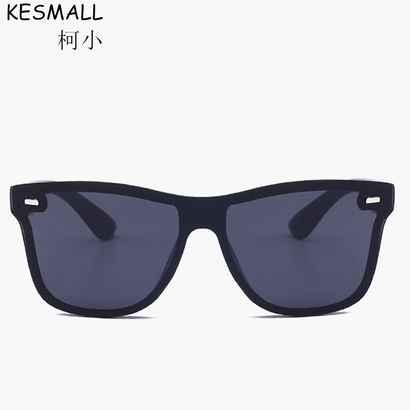 KESMALL 2017 Vintage Rivets Sunglasses Women Brand Designer Female Sun Glasses UV400 Oculos font b De