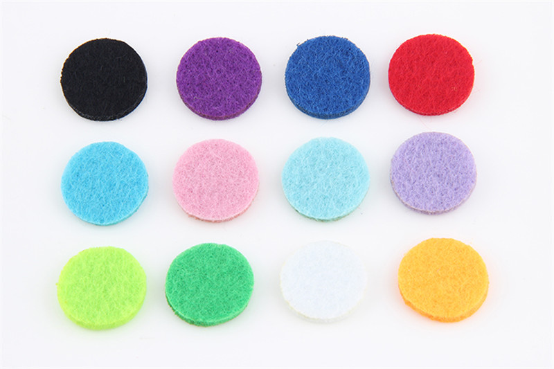 20PCS Multicolor Aromatherapy Felt Pads for 30mm Perfume Essential Oil Hollow Locket Pendant