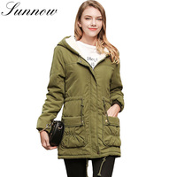 SUNNOW 2018 New Parkas Women Warm Slim Jackets Long Sleeve Hooded Winter Coat Lambswool Thick Female Cotton Padded Long Outwear