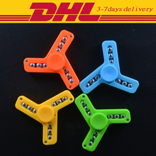 DHL 500 PCS Wholesale Fidget Spinner Plastic Tri-Spinner EDC Hand Spinner Toys Autism and ADHD Adult/Child Toys Gifts
