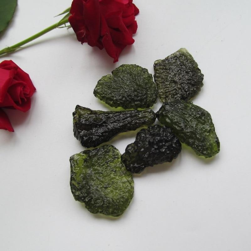10 12g Free shipping Natural Moldavite Natural Czech meteorite fall rough stone crystal Energy stone random