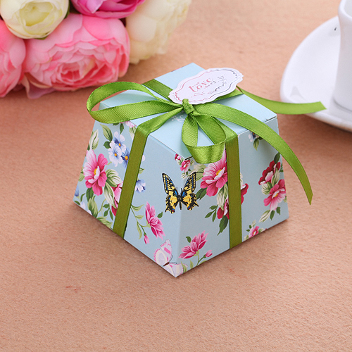 100PC/LOT Trapezoidal Shape Classic Flower Candy Boxes