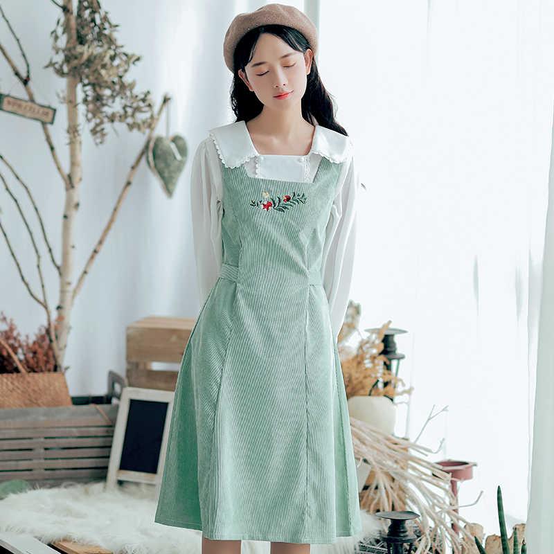 c5960e23083 Японский Mori girl Сарафан новый осень для женщин без рукавов цветок  Вышивка Винтаж вельветовые платья зеленый