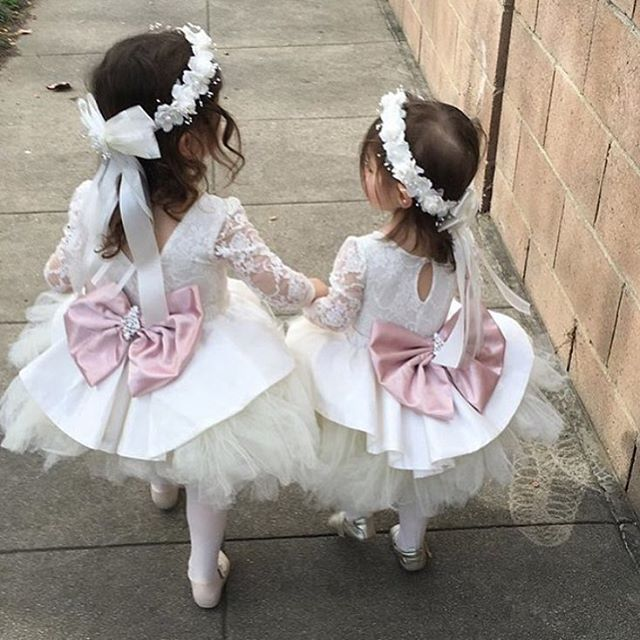 Cute white ivory short lace appliques flower girl dresses with bow crystals sash lovely kids wedding