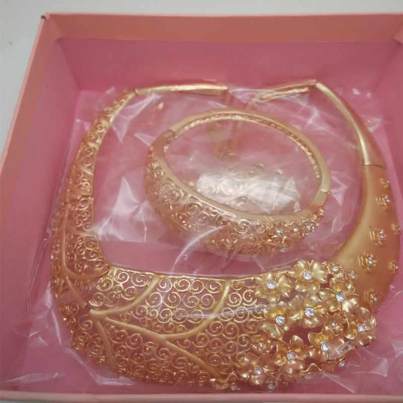 Kingdom Ma ไนจีเรียงานแต่งงานเจ้าสาว African Gold ชุดเครื่องประดับดูไบเลียนแบบคริสตัลสร้อยคอสร้อยข้อมือต่างหูชุดแหวน