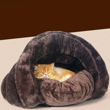 Pet bed Mats Pet Cat Dog puppy Arctic plush triangle shape nest house Comfortable and soft sleeping bag Products Pet Supplies
