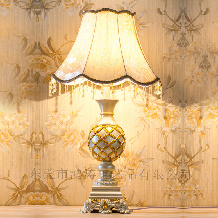 TUDA 40.5X70cm Free Shipping LED Table Lamp For Bedroom Vintage European Style Resin Table Lamp  Lace Lampshade Table Lamp E27 tuda 25 5x67cm free shipping american classical style resin table lamp led table lamp for bedroom bedside lamp e27 110v 220v
