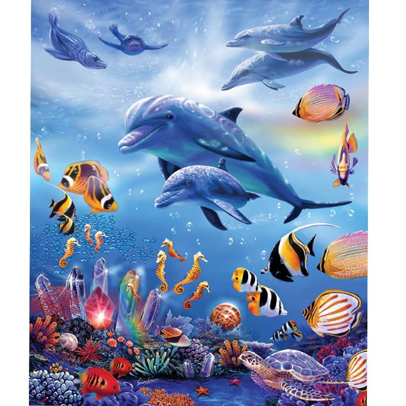 картинка моря и морских обитателей темные пятна