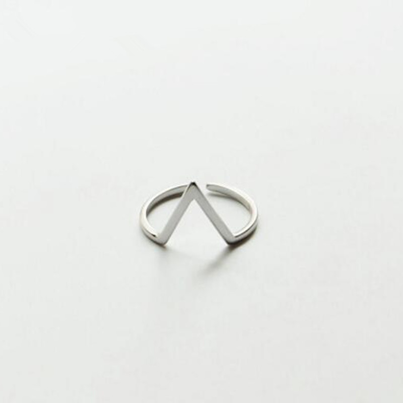 Koren Fashion 925 Sterling Silver Jewelry Simple V Word Opening Element Geometric Personality Beautiful Opening Rings   SR112