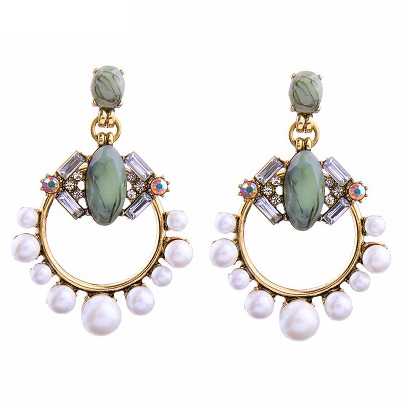 Fresh and generous diamond alloy pearl earrings Earrings Simulated Pearls Jewelry Big Earrings
