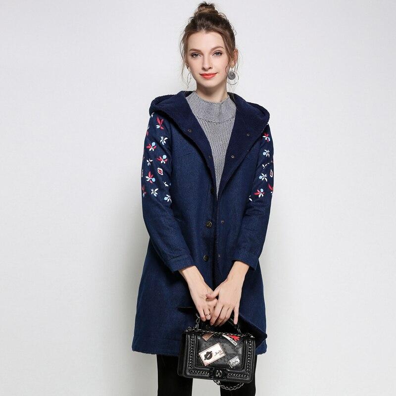 купить Denim Jacket Women winter Coat 2017plus size Long Parka Warm Fleece Velvet Pockets Hoody Outwear Denim Coat Jeans Parka Female дешево
