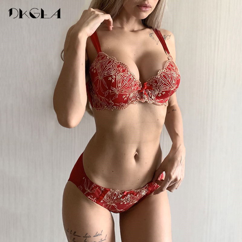 Luxury Gold Embroidery Underwear   Set   Women   Bras   A B C Cup Fashion Push Up   Bra     Sets   Red Sexy Lingerie Lace Brassiere Cotton Thick