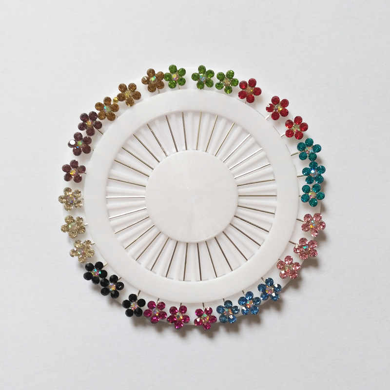 2019 Novo Conjunto 30PCS Cristal Broches Muçulmanos Pinos Hijab Para As Mulheres Pin Cachecol Hijab Pinos de Segurança Broche de Prata Jeweley cor aleatória