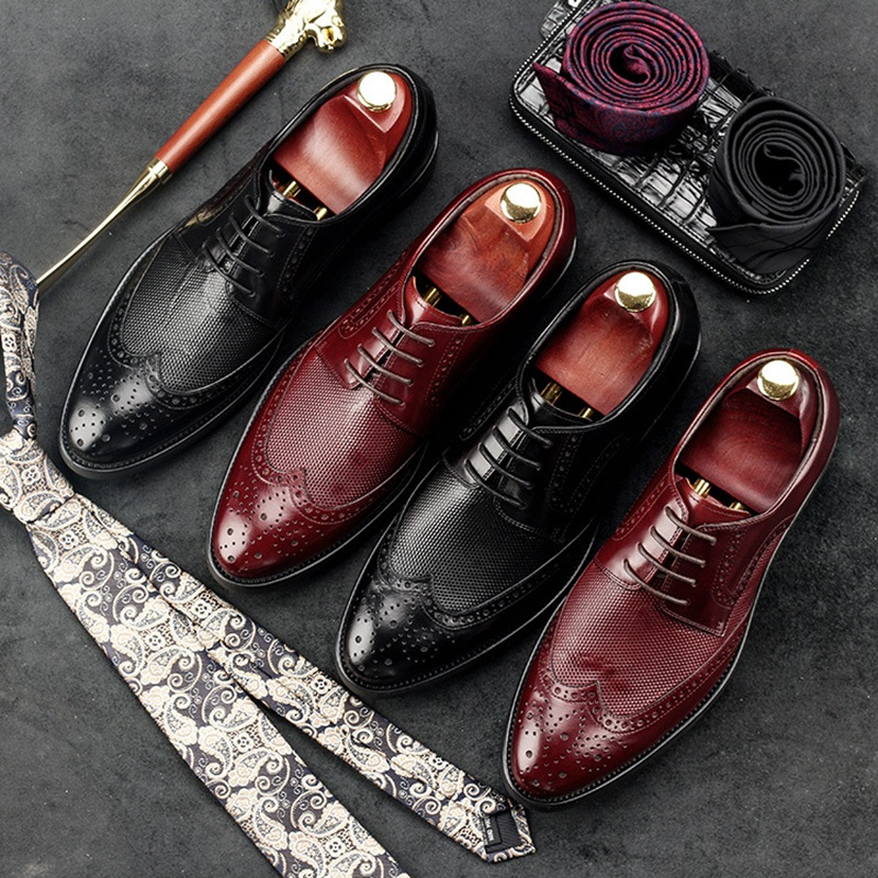 luxury round toe breathable man formal dress shoes genuine leather derby carved oxfords famous men s bridal wedding flats gd78 Fashion Man Wing Tip Carved Brogue Shoes Genuine Leather Male Formal Dress Oxfords Round Toe Derby Bridal Men's Footwear GD48