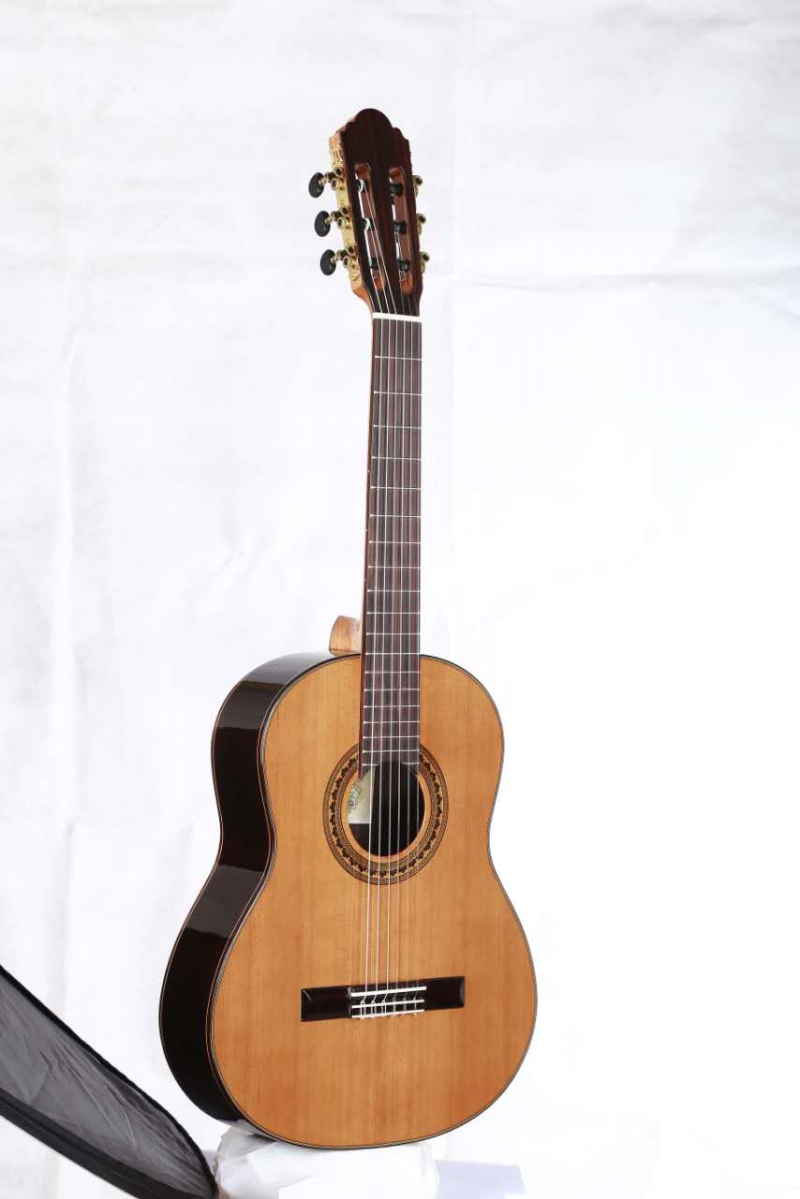 <font><b>36</b></font> inch Handmade Spanish <font><b>guitar</b></font>,VENDIMIA SOLID Cedar /Rosewood Acoustic guitarras,classical <font><b>guitar</b></font> with Nylon string 580MM image
