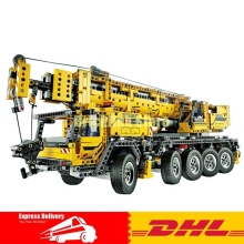 LEPIN 20004 2606Pcs Technic Motor Power Mobile Crane Mk II Model Building Kits Blocks Bricks Christmas Gift Toy 42009
