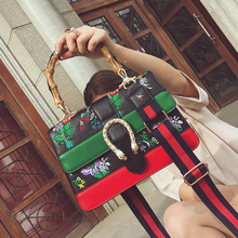 Retro Embroidery Bag Female 2018 New Ins Hot Sell The Same Style of Bamboo Section  designer bags famous brand women bags 2018 new 2018 floral embroidery women bags hot england style multi use lady shoulder