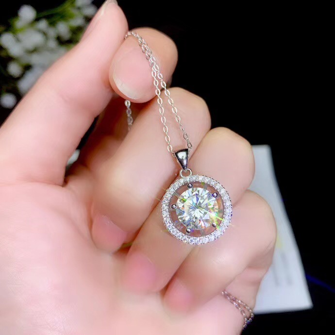 Moissanite New Products On The Market, Shopkeeper's Special  Super Popular Styles, Necklaces, Ladies'party Play. 925 Pure Silver