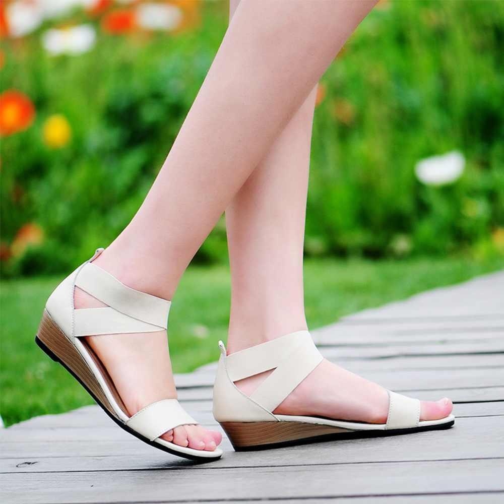 ASUMER artı boyutu 34-42 yeni 2020 hakiki deri kadın sandalet takozlar düşük topuk yaz rahat ayakkabılar siyah bayanlar moda ayakkabılar