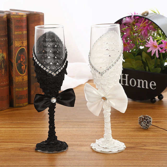 2pcs Set Wedding Glass Creative Black White Dress Crystal Wedding Champagne Glasses Goblet Red Wine Glass Cup Wedding Decoration