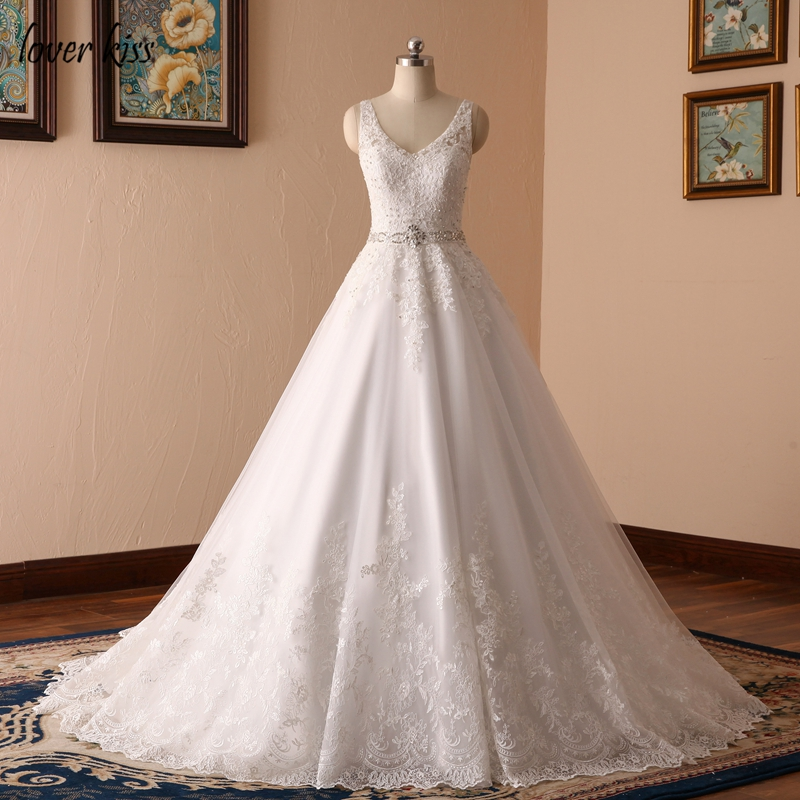 Amant Baiser Robe De Noiva Nouveau Design Une Ligne Dentelle Robe De Mariée V Cou Perlé Sash Dos Nu Sexy Vintage Robes robe de mariage