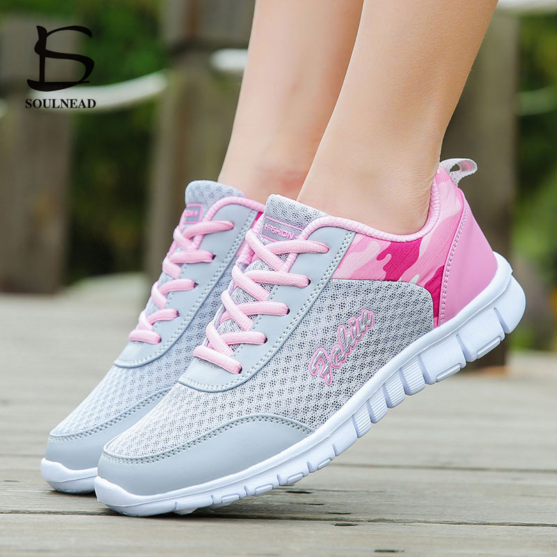 Women's Lightweight Running Shoes Summer Ultra Light Breathable Sneakers Zapatos De Mujer High Quality Girls Sports Shoes 35-42