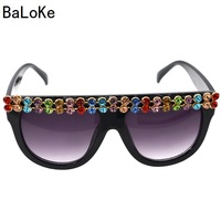 New Fashion Women Sunglasses Colorful Crystal Decoration Conjoined Oversized Sunglasses Shining Rhinestones Rim Sun Glasses