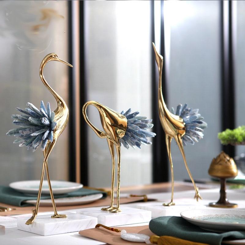 Luxuoso Flamingo Escultura Estátua de Cobre Com Branco Azul Cauda De Cristal Figurinhas Presente Home Decor Arte Casa Acessórios De Mármore