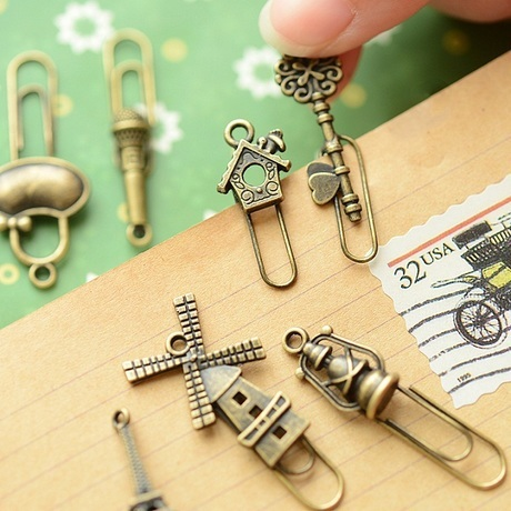 4 pcs/lot  Retail Zakka Creative Vintage Iron Bookmarks Vintage Metal Bronze Color Clip Bookmark  Reading Study Stationery