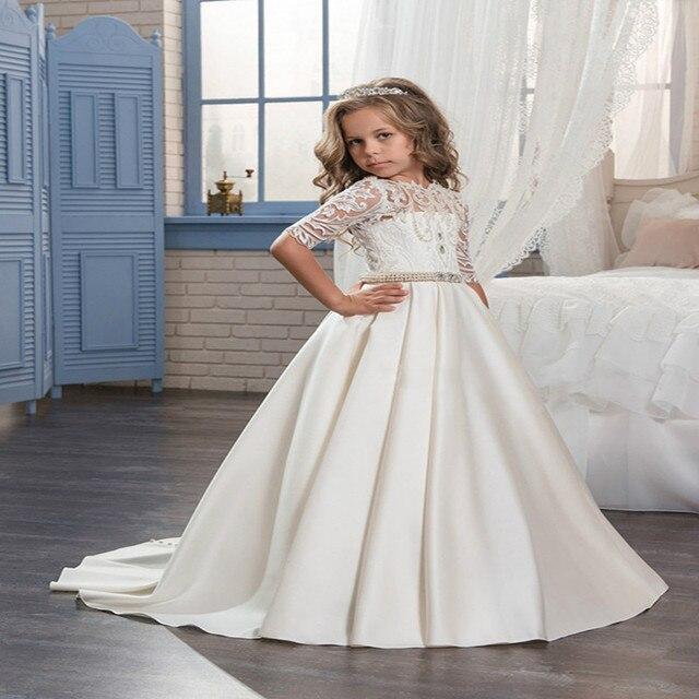 1b9825c8b 2017 Hermosa princesa media manga santa comunión vestido de encaje blanco  niñas de cuentas perlas cabritos. Sitúa el cursor encima para ...