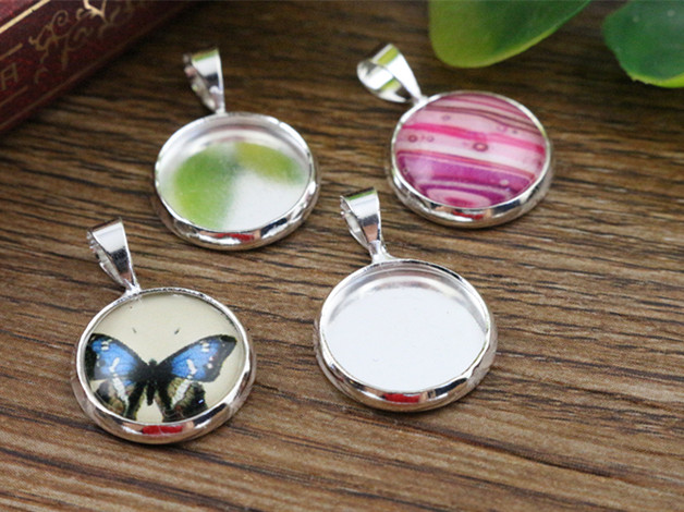 20pcs 12mm Inner Size Silver Plated Brass Material Simple Style Cabochon Base Cameo Setting Charms Pendant Tray (A2-30) 20pcs sp016 brass hammered colorado blade size 3
