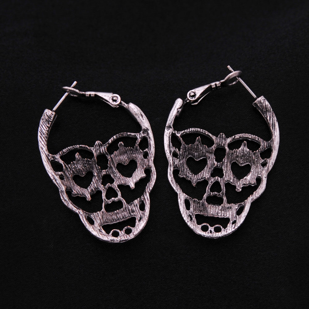 Vintage Skull Hoop Earrings for Women   1