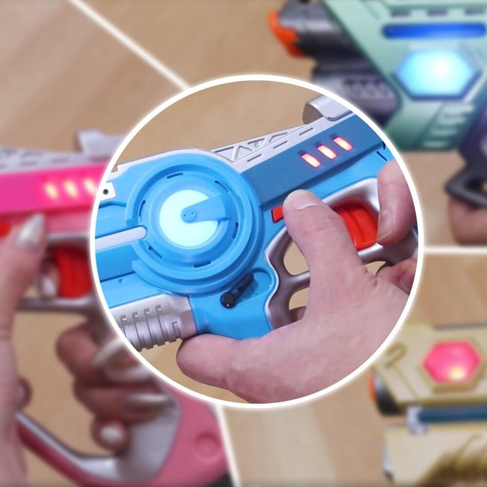 4 pcs Infrarouge Laser Pistolets Blaster Laser Battle Pack Vente Chaude Pistolet Brinquedos pour Enfants Adultes Plaisir En Plein Air & sport Jouet Cadeau - 4
