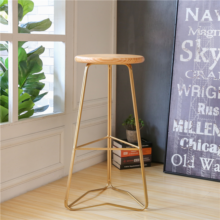 Nordic wrought gold iron wood bar stool high bar stool simple high chair bar chair stool front chair restaurant lounge chairNordic wrought gold iron wood bar stool high bar stool simple high chair bar chair stool front chair restaurant lounge chair