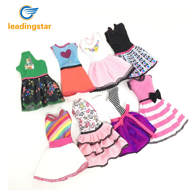 LeadingStar Doll's Fashionable Clothing Set Casual One-piece Dress for Barbie Doll Style Random zk30 leadingstar barbie doll dresses 6 party dress 12 casual skirt set random color and styles with doll s accessories zk30