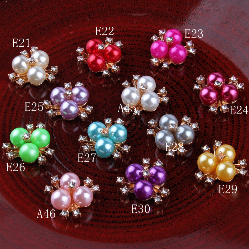 30pcs/lot Metal Rhinestone Pearl Buttons Clear Flatback Crystal Flower Button For Kids Gilrs Hair Accessories Rhinestone centers