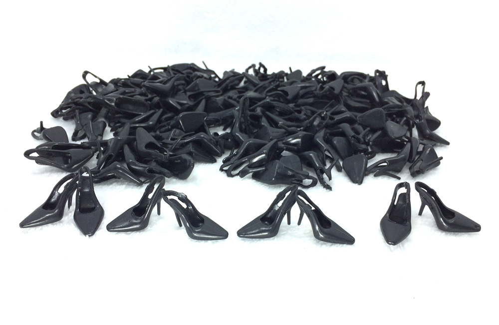 NK Wholesale 100 pairs/Set Doll Black Shoes Cute Heels Fashion Sandals For Barbie Doll High Quality Baby Toy