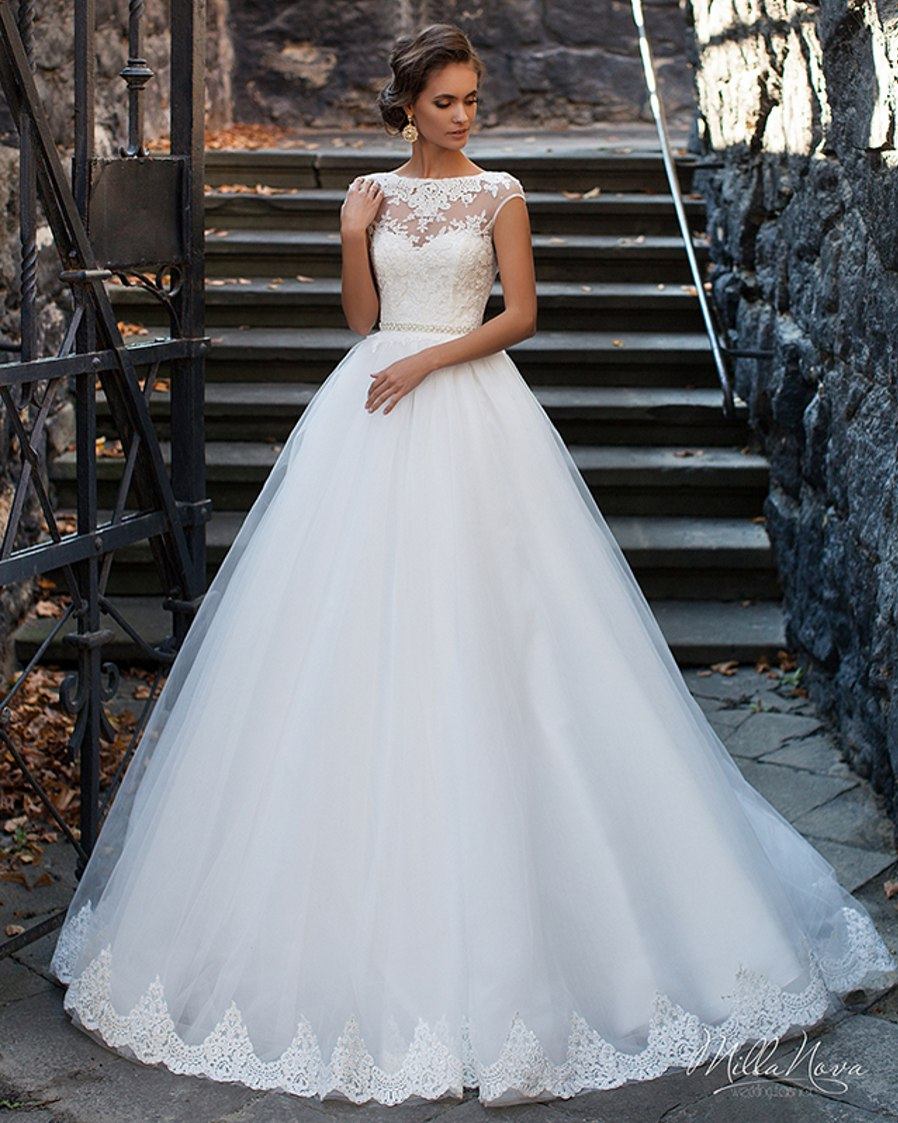 White Lace Appliqued Bodice Ball Gown Wedding Dresses with Beaded Waist Turkey Sexy Women Bridal Gown 2016 Vestidos De Noiva