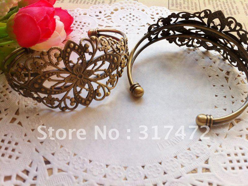 Винтажный браслет с бронзовой филигранью под старину