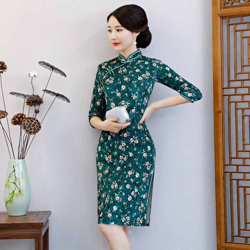 Velour New Chinese Traditional Women Qipao Vintage Oriental Female Cheongsam Novelty Chinese Formal Dress Plus Size 3XL 4XL