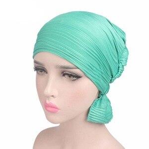 Image 2 - Nowy damski bawełniany kapelusz po chemioterapii czapka Turban z łbem nakrycia głowy dla raka muzułmańskiego jednokolorowego