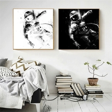 Black and White Inkjet Astronaut Spray Painting for Bedroom Office Wall Decor Abstract Art Canvas Print Home Dropship