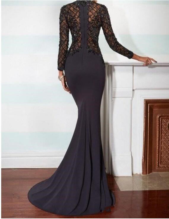 2019 Elegant Mermaid Mother of the Bride Dresses High Neck Long Sleeve Black Lace Applique Black Beads Crystals Evening Gown