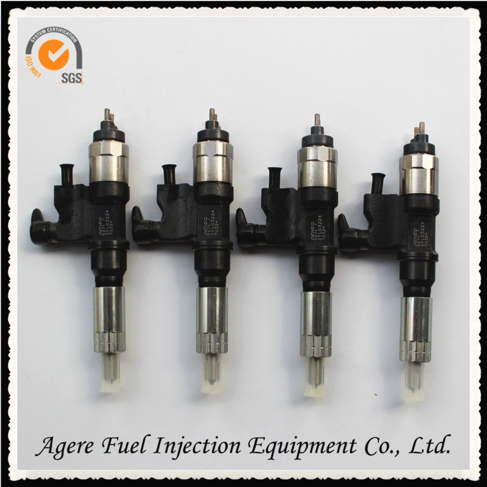 Good quality diesel fuel denso injector 095000-5471 with nozzle DLLA158P854 good quality diesel fuel denso injector 095000 5471 with nozzle dlla158p854