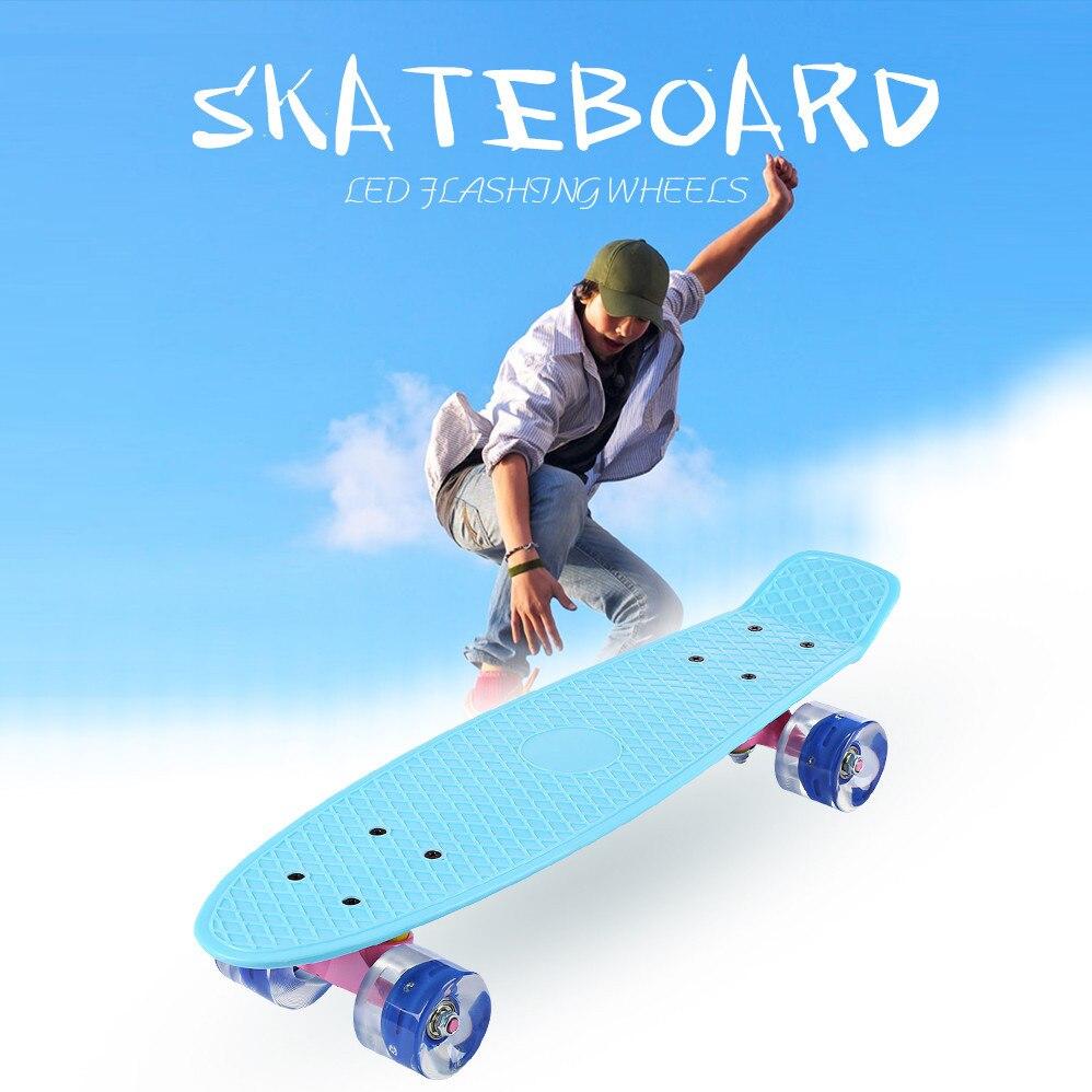 22 pouce Poissons Skate Board Pastel Couleur Banana Board Mini Cruiser Longue Planche À Roulettes à Quatre roues Rue Longboard LED Clignotant roues