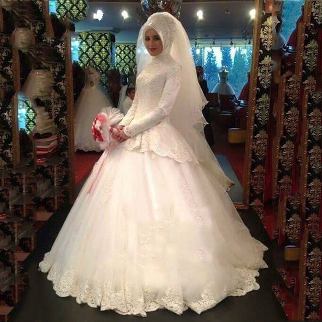e6524e3fca Long Sleeve Lace Tiered Muslim Hijab Wedding Dresses High Neck Ball Gown  Muslim Wedding Dress Muslin Bridal Dresses Gowns WM21