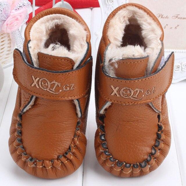 2015 Зима Плюшевые Мех Детская Кожаная Обувь Hook & loop Детская Зима Теплая Обувь Детские Девушки Впервые ходунки Кожаные Лианы обувь