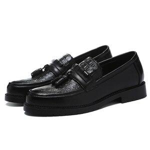 Image 4 - 2020 Men Dress Shoes Formal Shoes Mens Handmade Business Wedding Leather Men Oxfords