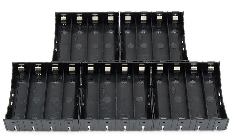 90 pcs/lot MasterFire Nouveau Noir En Plastique De Stockage De Batterie support de la boîte Housse Broches Pour 4x18650 Piles rechargeables